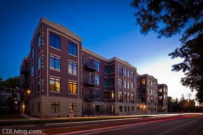 Brownlofts Apartments 1815 University Avenue 1 2 Bedroom Apartments Townhomes Apartment Townhouse 2 Bedroom Apartment
