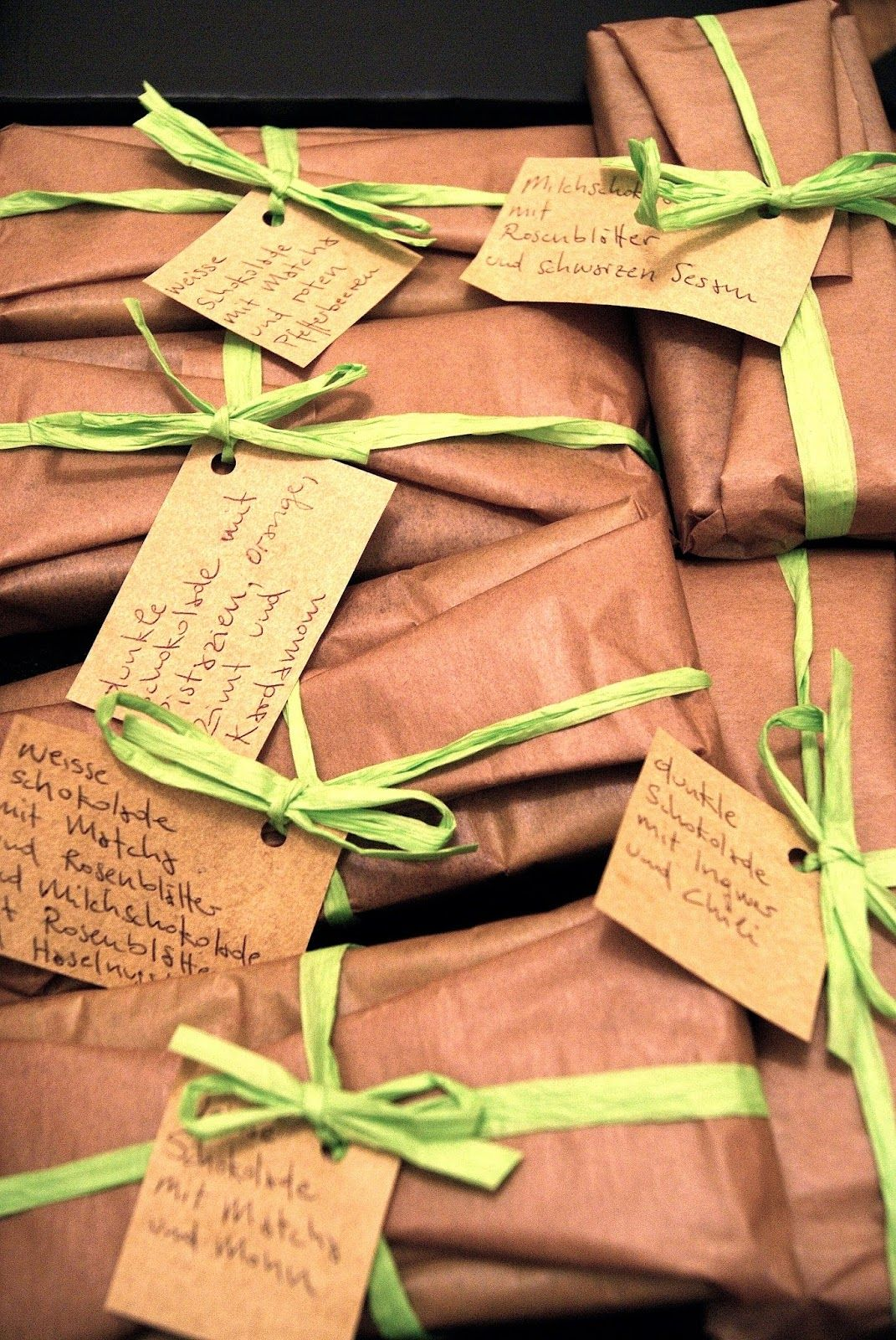 Selbstgemachte Schokoladetafeln verpackt | schokolade selber machen ...