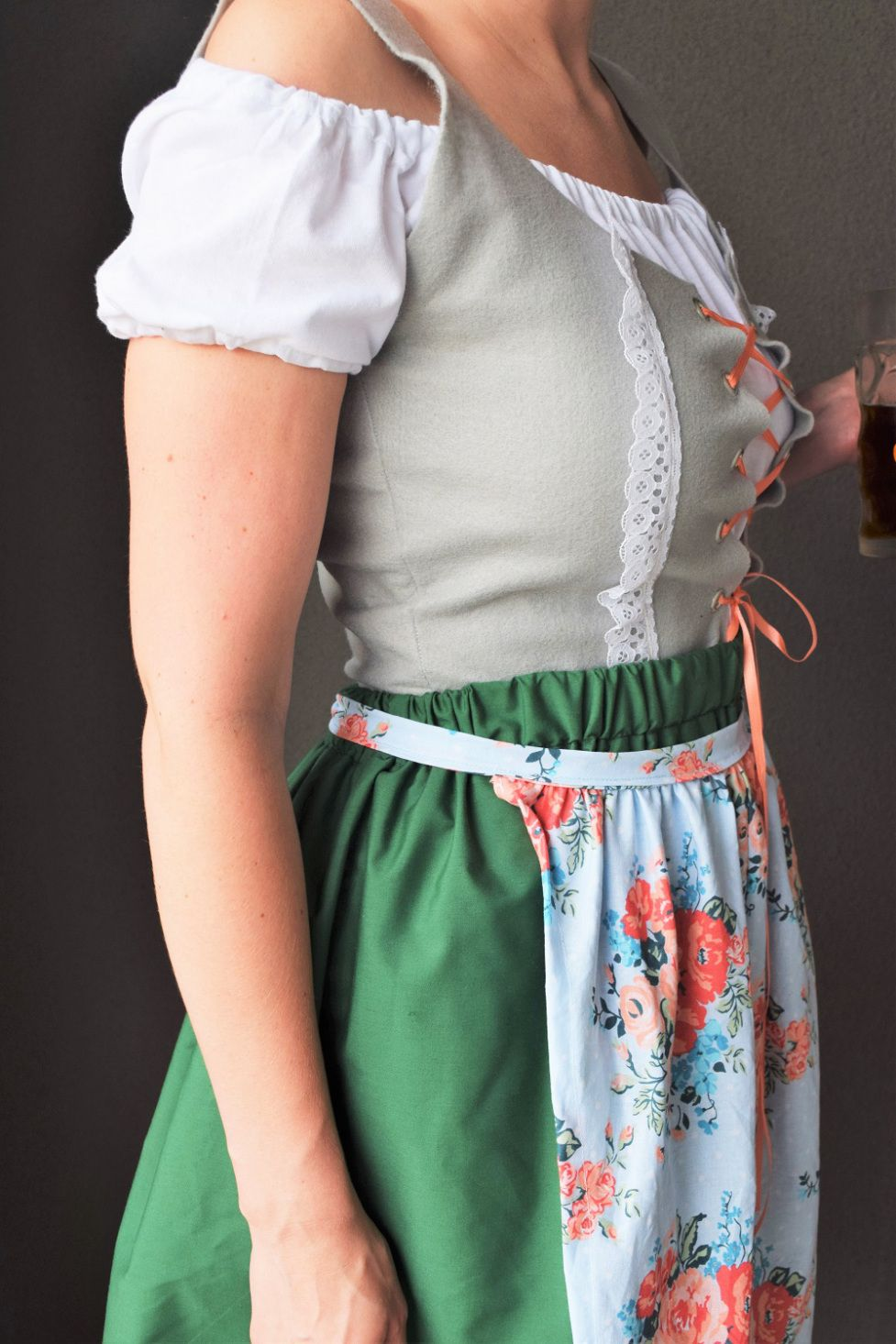 48925a04c85ff DIY Instructions for Dirndl Oktoberfest outfit! Instructions/patterns for  the vest, shirt, skirt, and apron