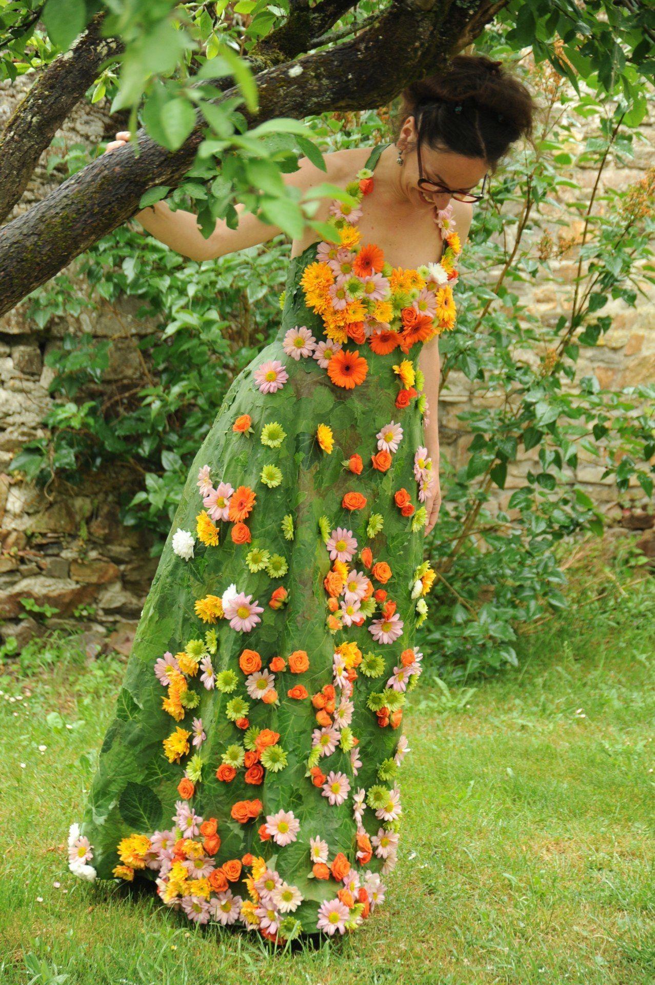 07 Jpg Jpeg Image 1277x1920 Pixels Scaled 32 Unusual Clothes Flower Dresses Dress Making