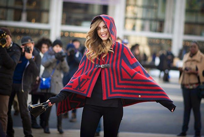 STREET STYLE | CAPES/BLANKETS | The Blonde Salad