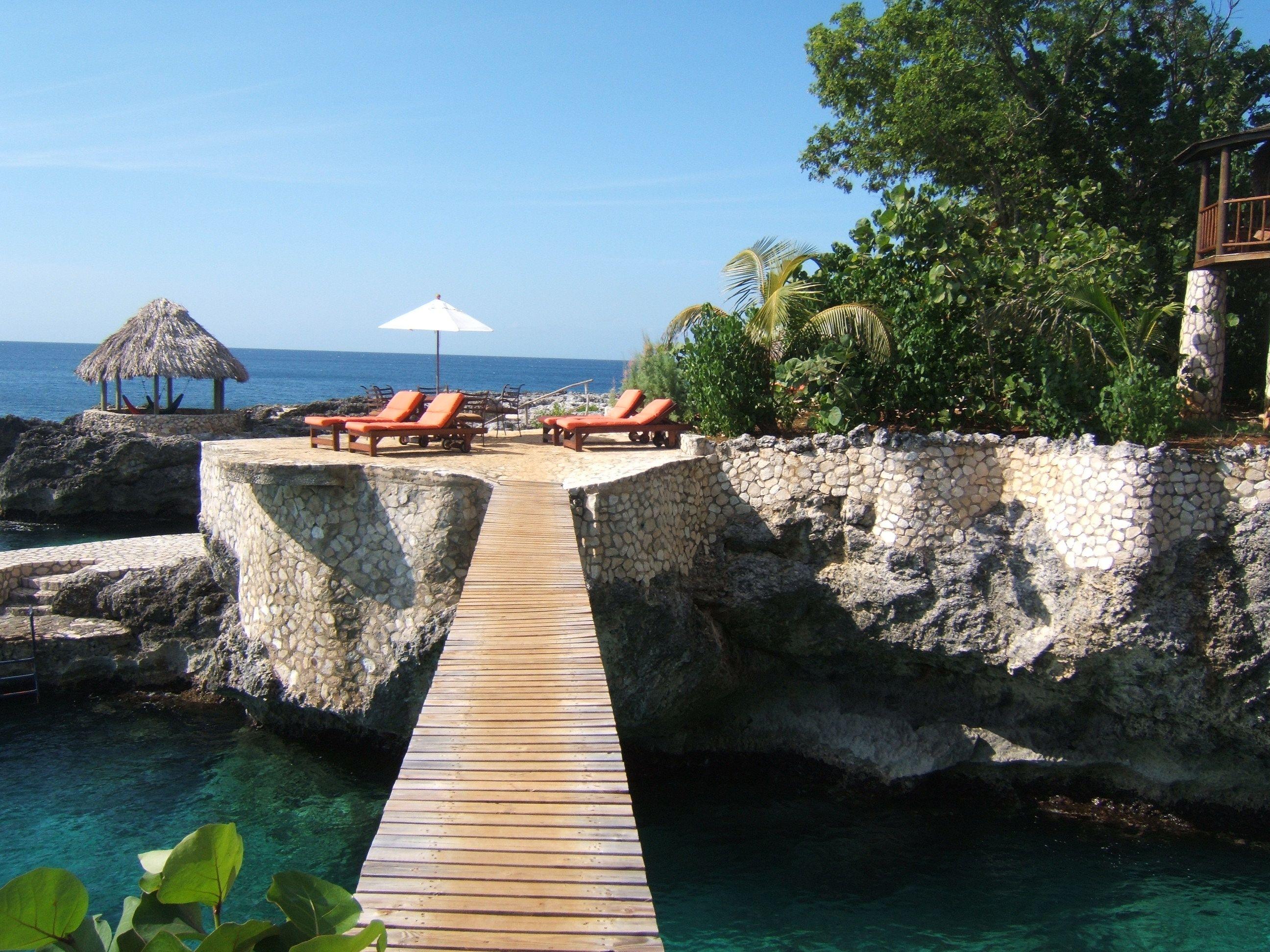 The Bridge At Tensing Pen Hotel In Negril