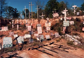 Alabama s house of crosses in autauga county alabama - Southern homes and gardens montgomery al ...