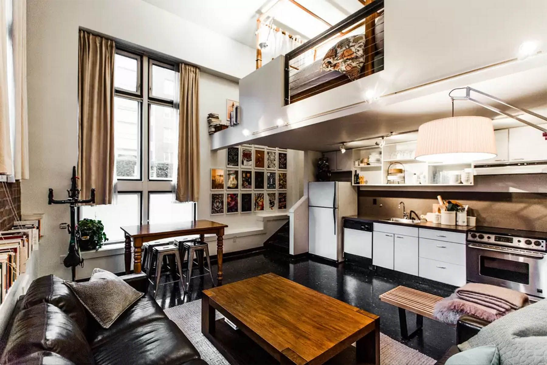 A Tour of Our Seattle Airbnb
