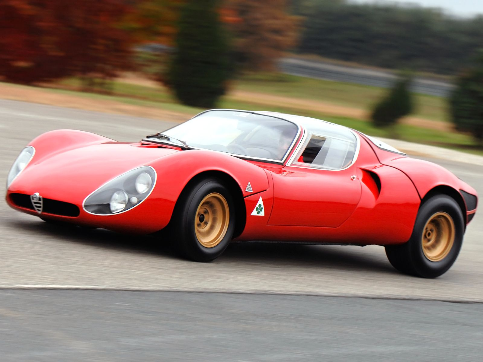 The 33 Stradale is the first production vehicle to feature dihedral