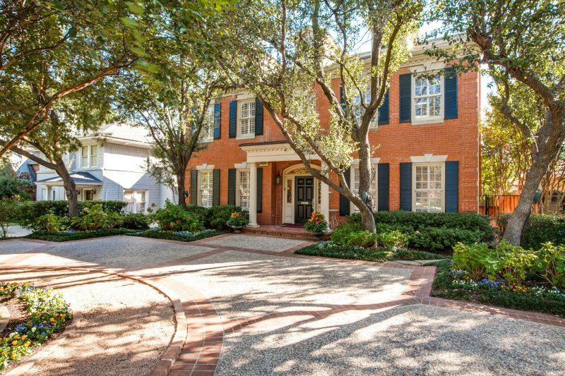 3213 Beverly Drive (Not in MLS), Highland Park, TX. Offered by Doris Jacobs I Doris Jacobs Real Estate.