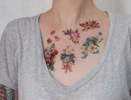 Imagem de tattoo, flowers, and pale