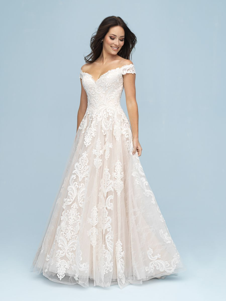 Allure Bridals Wedding Dress Available At The Bridal Shoppe In St Louis Mo 636 931 8464 Allure Wedding Dresses Allure Bridal Wedding Dress Ball Gowns Wedding