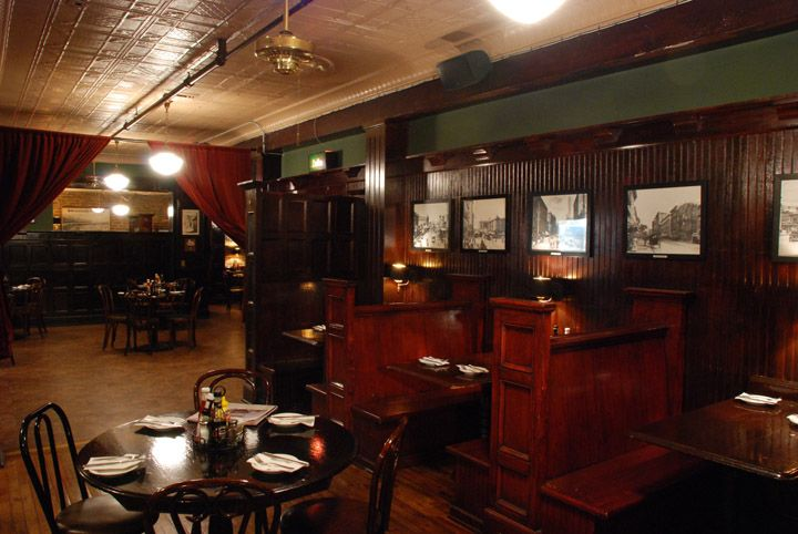 Casey S Irish Pub Located In Downtown Los Angeles Home Of The Largest Irish Whiskey Collection In La Irish Pub Home Pub