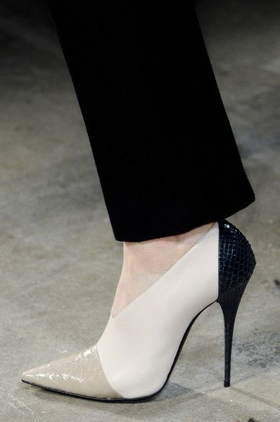 4f844335ef29 Trendy Women's High Heels : Narciso Rodriguez Fall 2013 Details ...