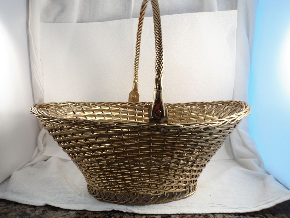 Vintage Large Oval Hampton Brass Woven Basket with Hinged Handle (DC.277)
