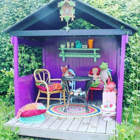 75 Dazzling DIY Playhouse Plans [Free]