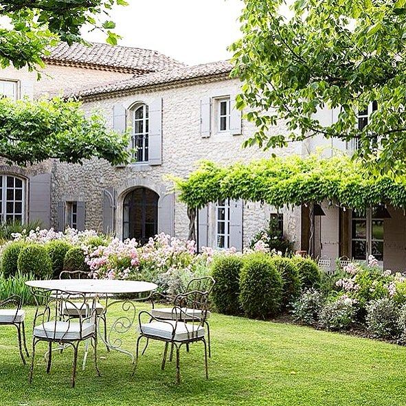 Elegantinterior Design: Saturday Afternoon #pothooftheday #provence