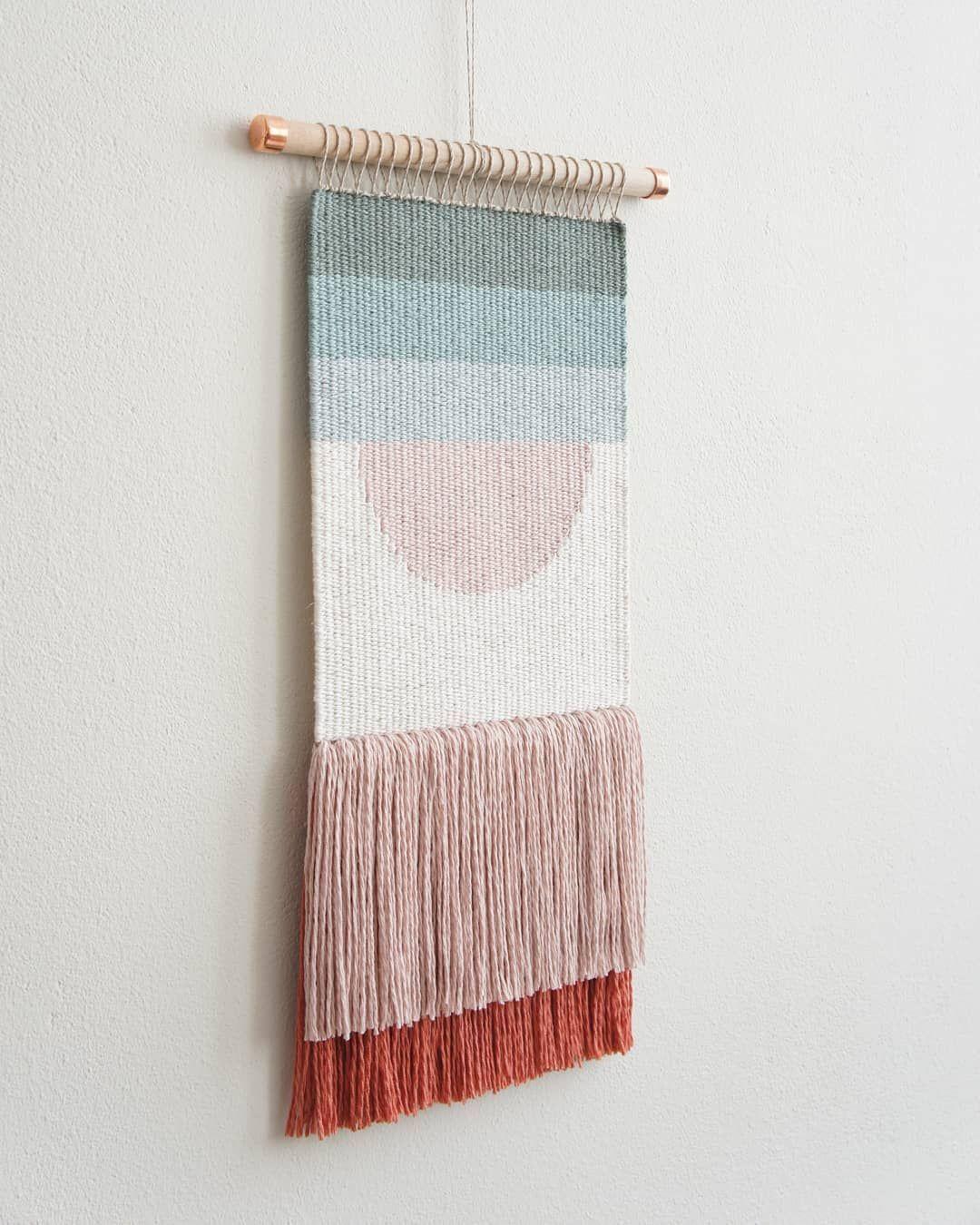 "kathrin   wednesdayweaving on Instagram: ""Update: SOLD! Happy March! 💐 . . #weaving #weaversofinstagram #weaverfever #woven #woventapestry #wovenwallhanging #wallhanging #wandbehang…"""