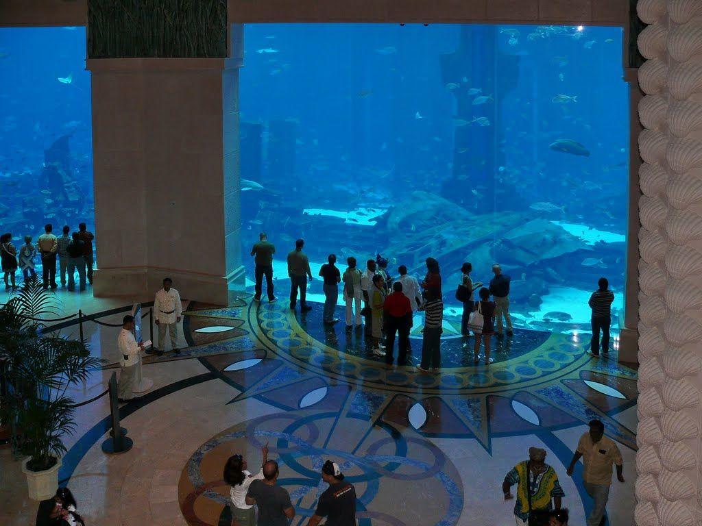 Aquarium Lobby Of Atlantis Hotel In Dubai Places To Go