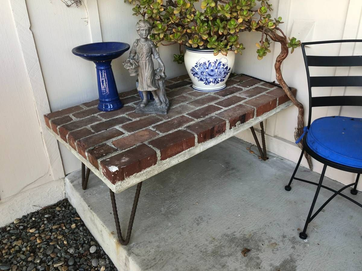 Table Made From Bricks Cement And Rebar Concrete Crafts Diy Decor Projects Pallet Table [ 900 x 1200 Pixel ]