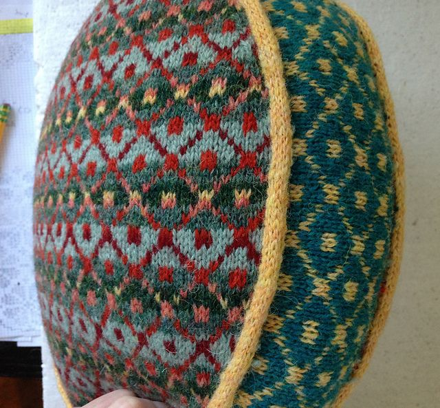 Ravelry: Fair Isle Pillow with Steeks pattern by Suzanne Bryan ...