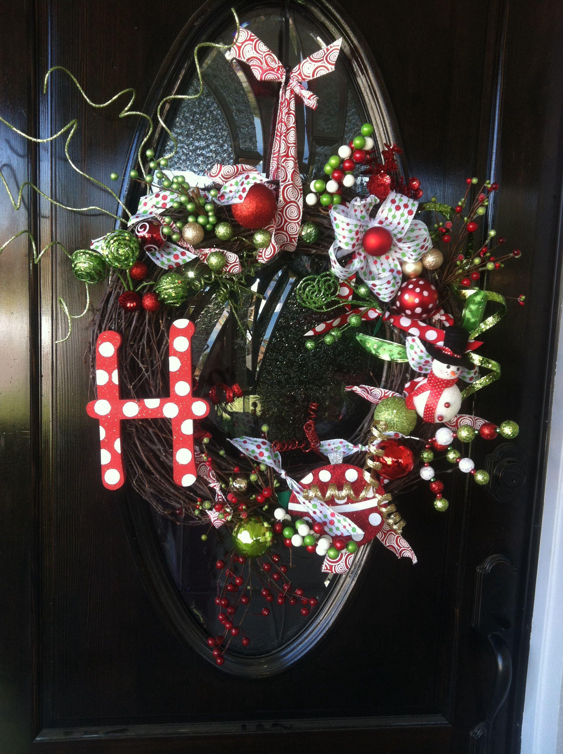 Homemade Christmas wreath. Diy christmas pictures