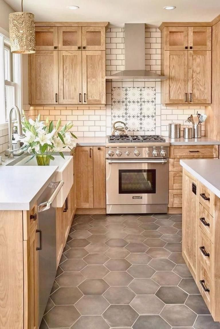 20 Kitchen Tile Floor Ideas With Light Wood Cabinets In 2020 Light Wood Cabinets Wood Cabinets Wood Kitchen Cabinets