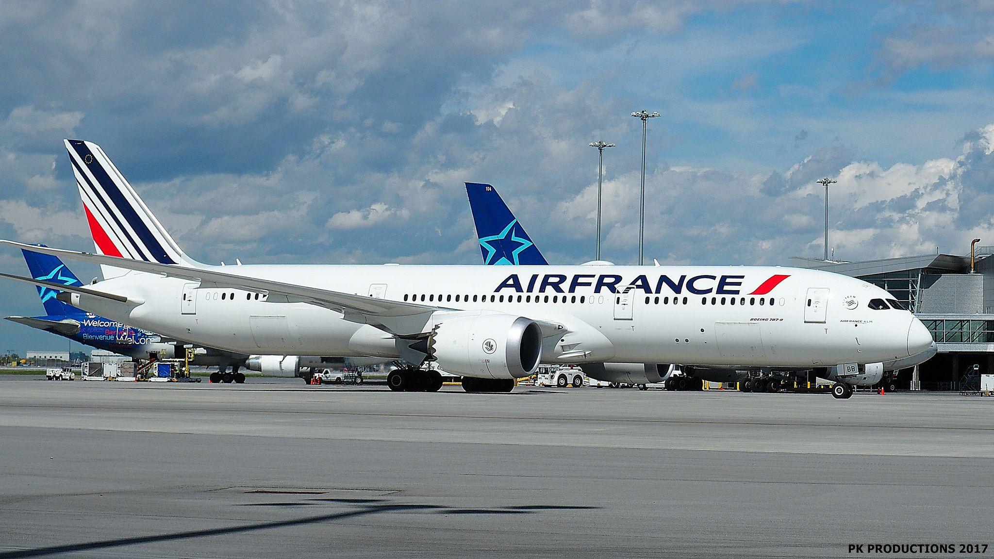 P7030300 TRUDEAU Air france, Boeing 787 dreamliner