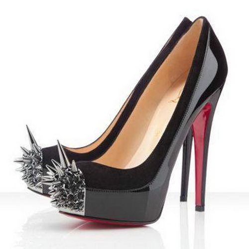 Christian Louboutin Asteroid 160Mm Spike-Toe Pumps Black: don't mess with  this