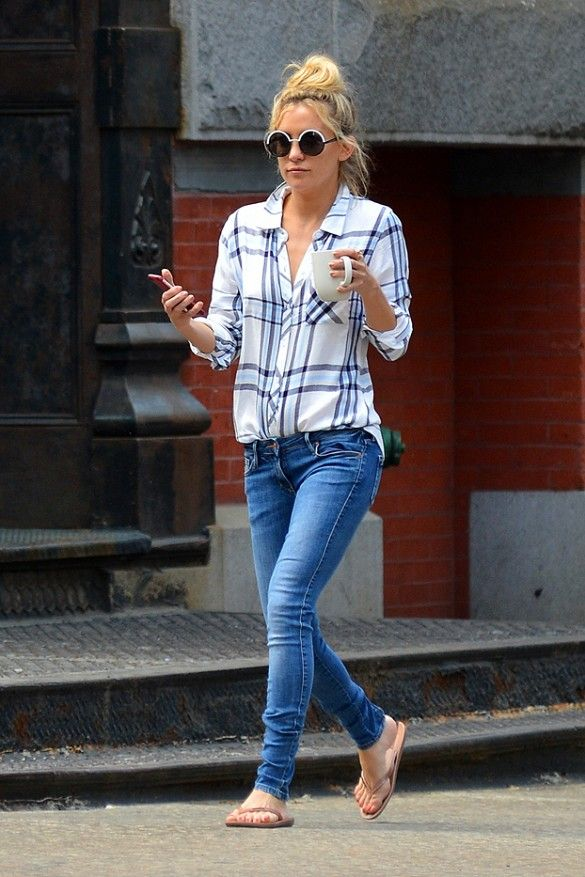 a48d4732a Kate Hudson wears a blue and white Rails plaid shirt with blue skinny jeans  and flip flops