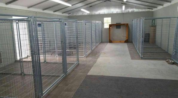 Dog Kennel Garage Ideas Dogkennelgarageideas Dog Dogkennelgarageideas Garage Ideas K Dog Dogkenne In 2020 Indoor Dog Kennel Dog Kennel Dog Boarding Kennels