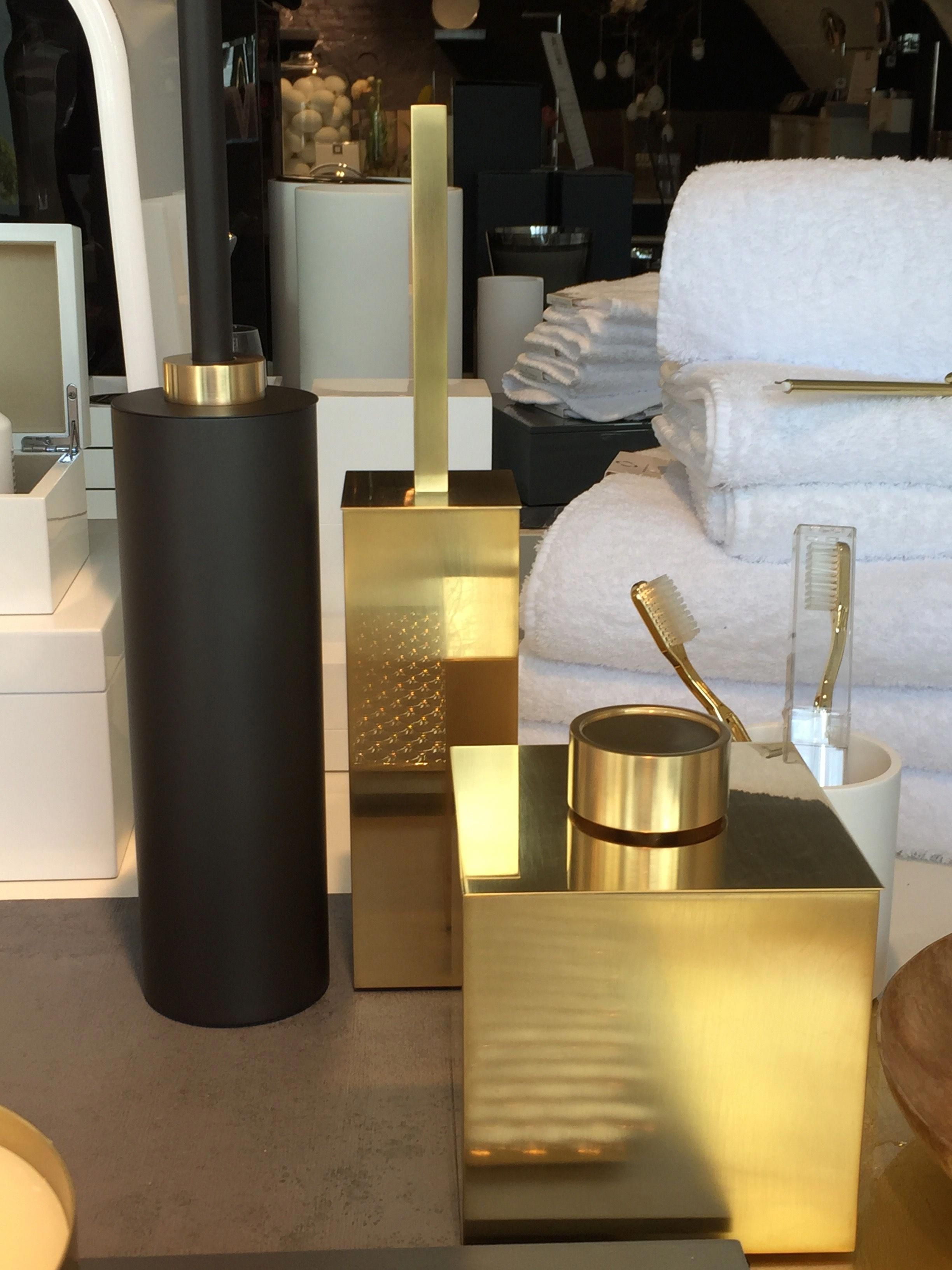 White And Gold Bathroom Accessories Set