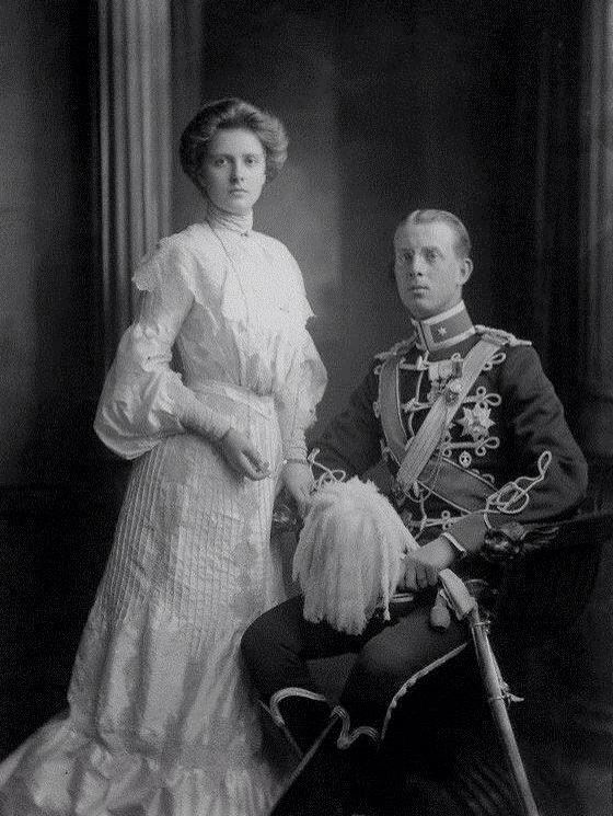 Prince Andrew and Princess Alice of Greece ( parents of ...