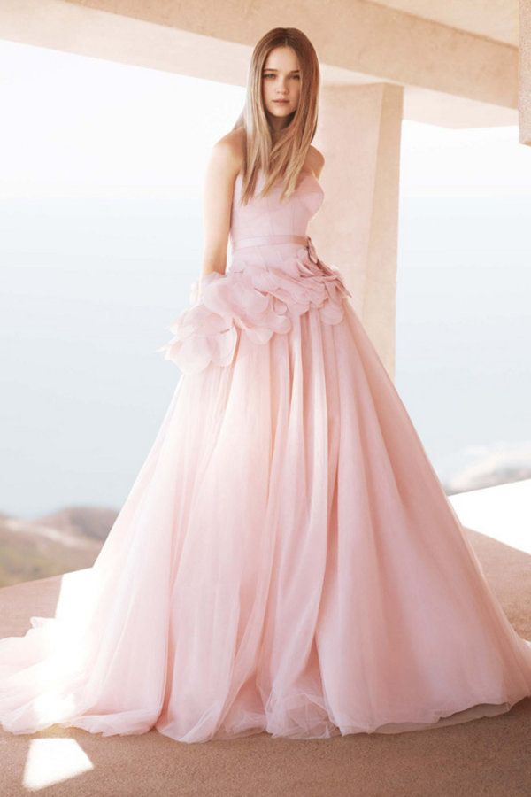 Vera Wang Spring 2013 -saw this today at davidson bridal,needless to ...