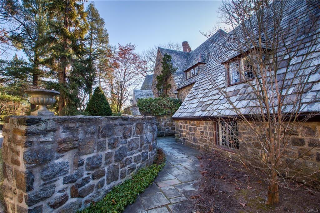 3 Elm Rock Road English manor houses, Estate homes, Tudor