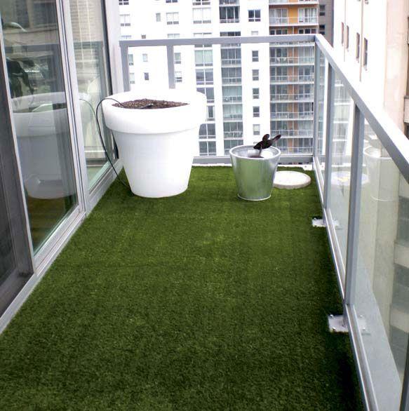 Un prato in terrazzo petits balcons balcons et id e - Erba vera sul terrazzo ...