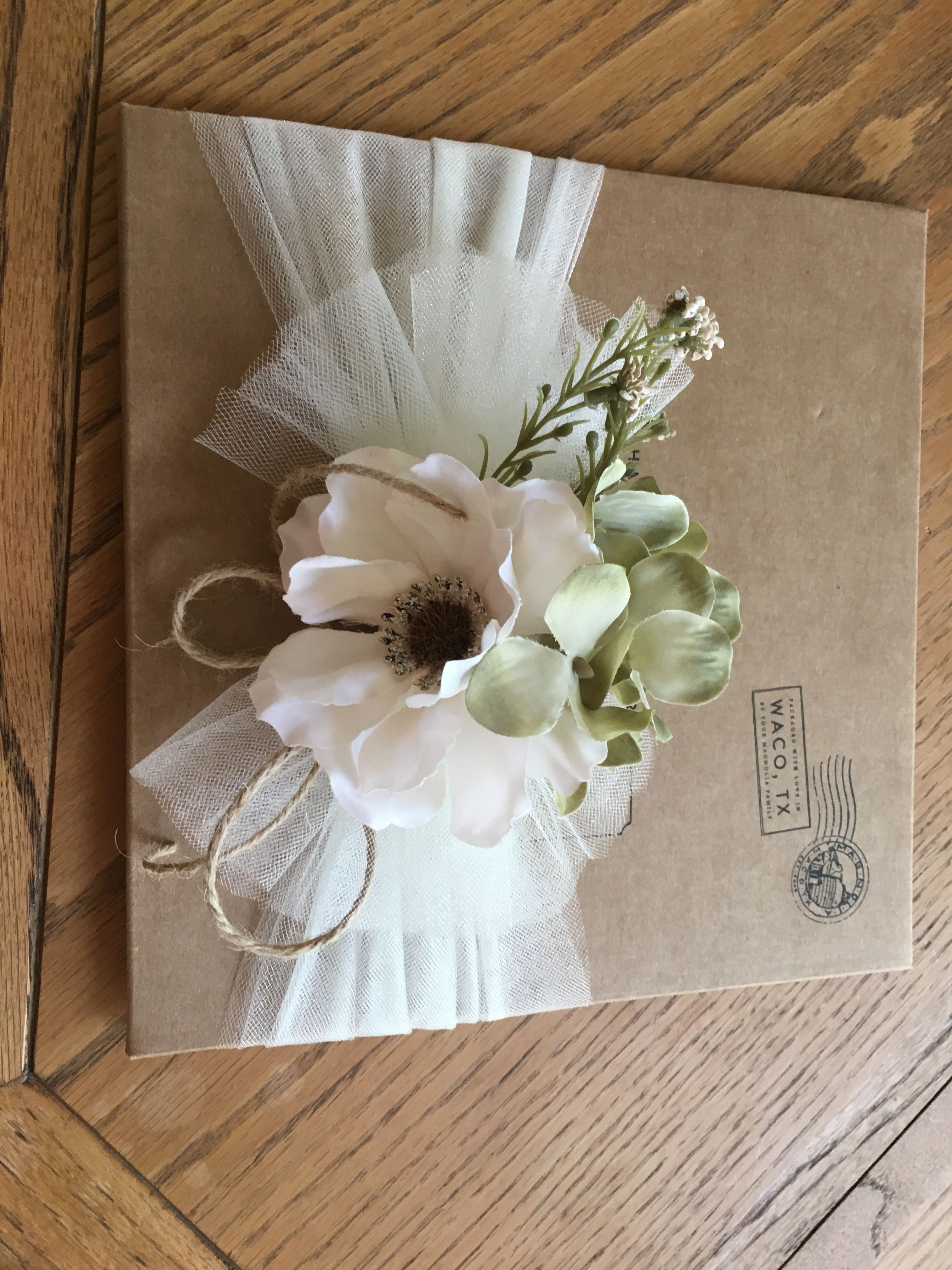 Bridal Shower Gift Wrap | Gift ideas | Gift wrapping bows, Wedding