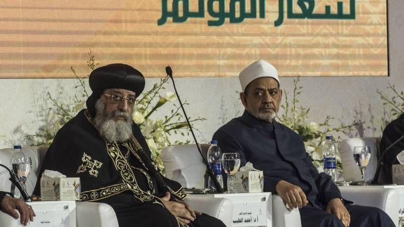 Paus moet balanceren tussen christenen en islam in Egypte | NOS