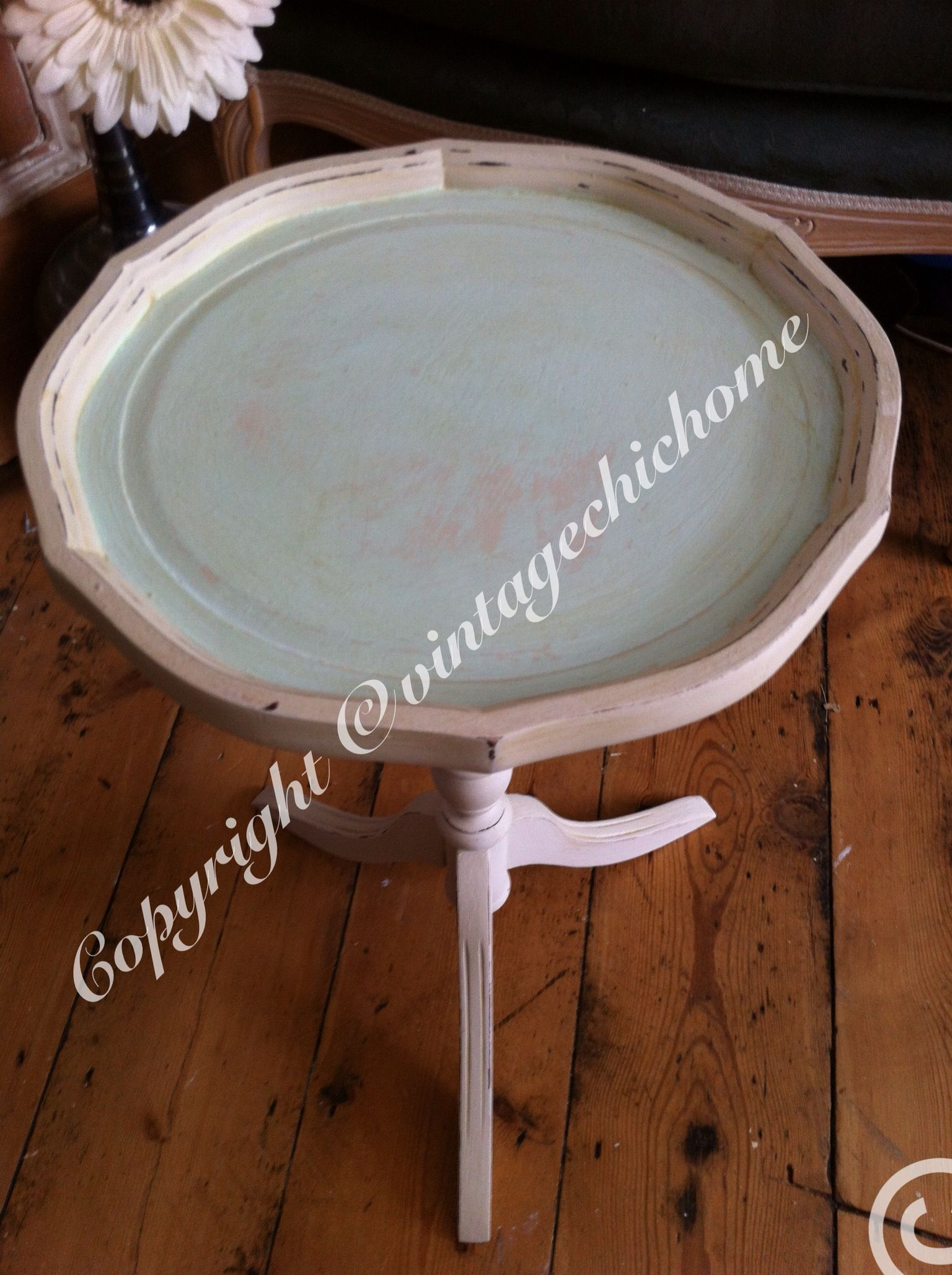 Shabby Chic Ornate Round Side Table With Scalloped Tray Duckegg Blue Top And Cream Pedestal Legs Chalk Paint Painte Drum Table Round Coffee Table Chic Home [ 2057 x 1536 Pixel ]