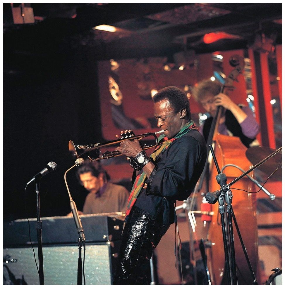 Pin By Neville Byers On Jazz Icons Miles Davis Jazz Musicians Famous Musicians