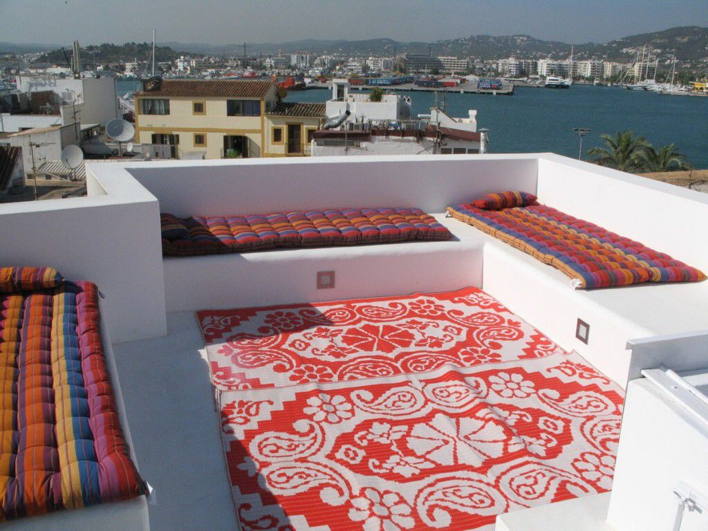 Cement Built In Couches On Roof Roof Terrace Rooftop Design Built In Couch