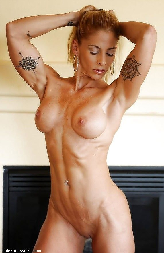 Female fitness mofels nud