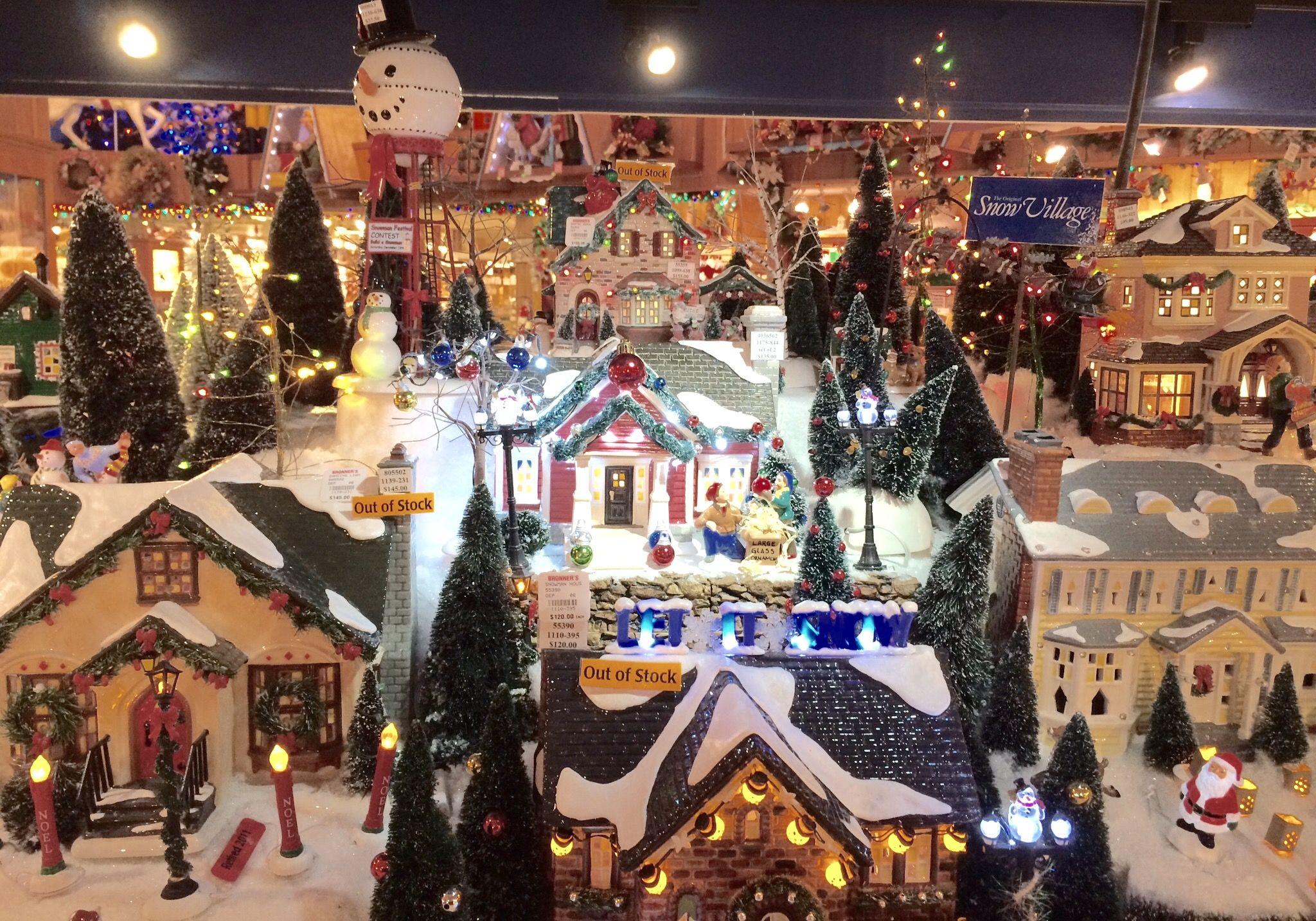 miniature christmas doll houses miniatures