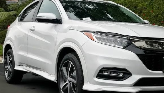 2022 Honda Hrv Touring Rumors Review The Second Age Honda Hr V Appeared At The 2014 New York International Auto Show As An Ideal Vehicle In 2020 Honda Hrv Hrv Touring