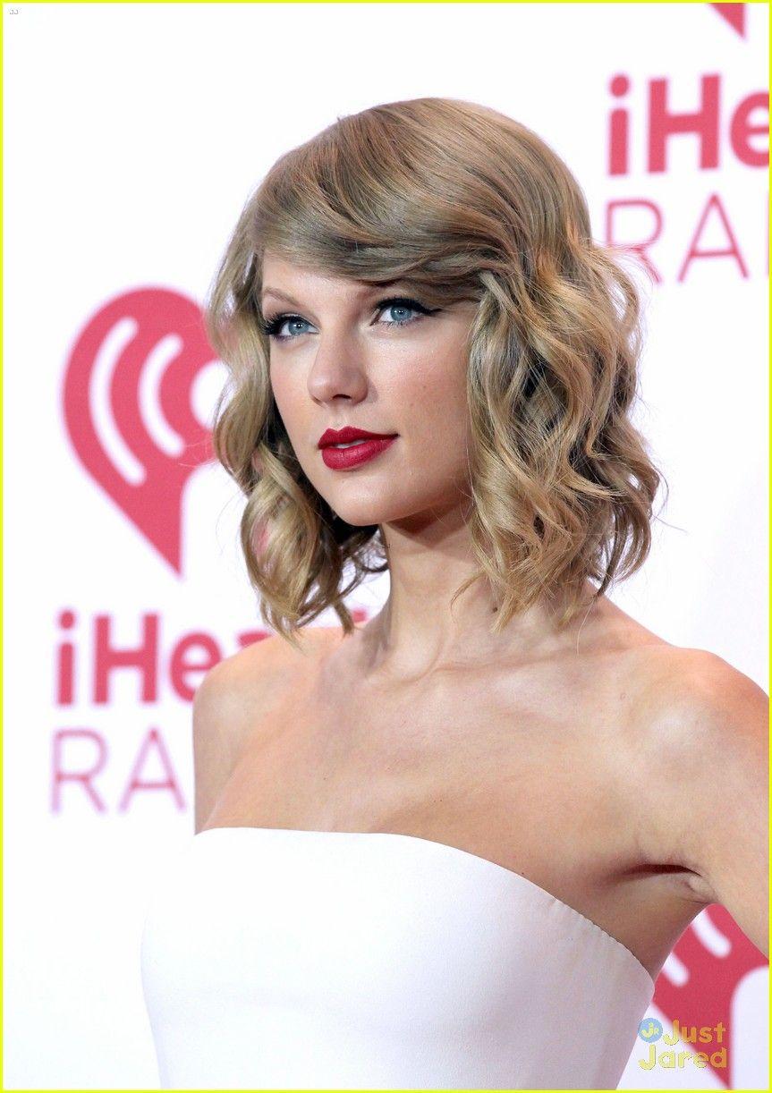Taylor Swift Marks a Major Milestone at iHeartRadio Music Festival!
