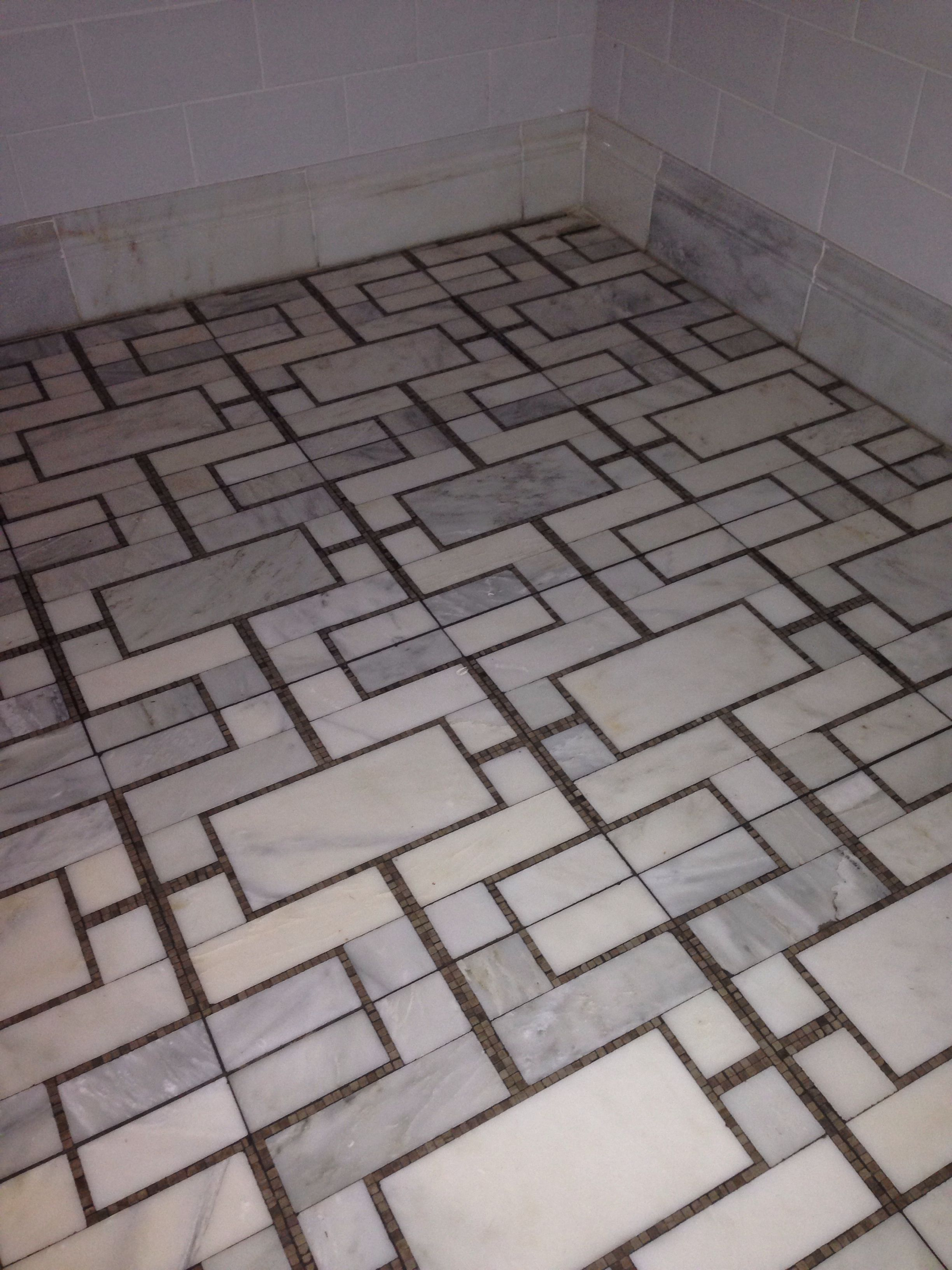 Loving this tile floor pattern master bath floors for the loving this tile floor pattern master bath floors dailygadgetfo Image collections