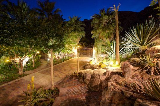 Palm Springs Vacation Rentals. Beautiful night time view of Street of Spain.