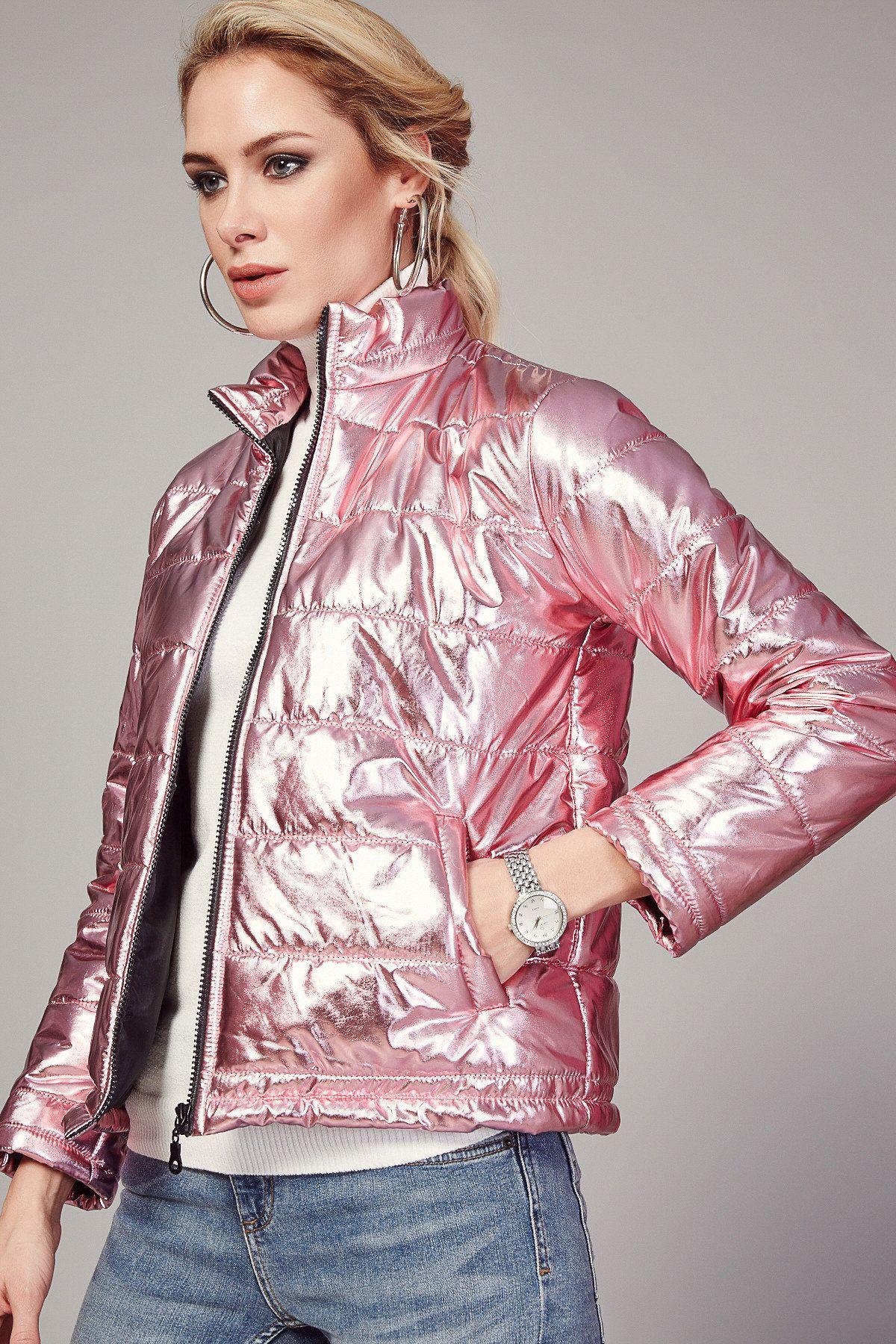 Metallic Puffer Jacket Mont Moda Stilleri Trendler [ 1800 x 1200 Pixel ]