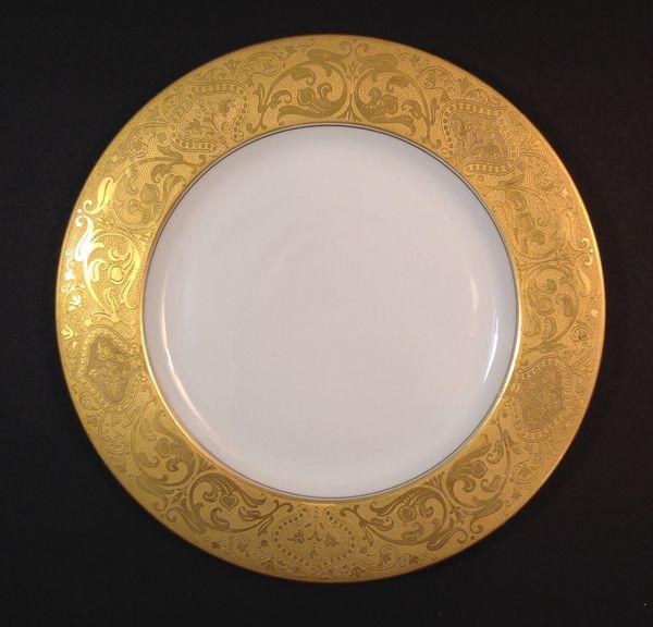 Plates For Sale >> Vintage Royal Bavarian Hutschenreuther Selb Gold Foil Floral