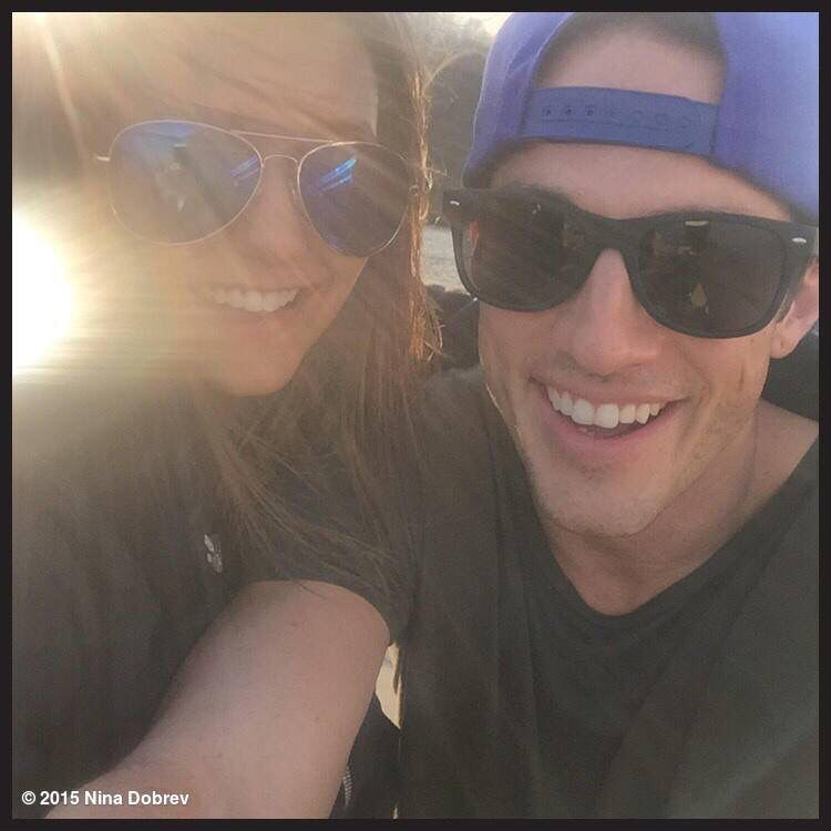 Michael Trevino og Nina dobrev dating 2015