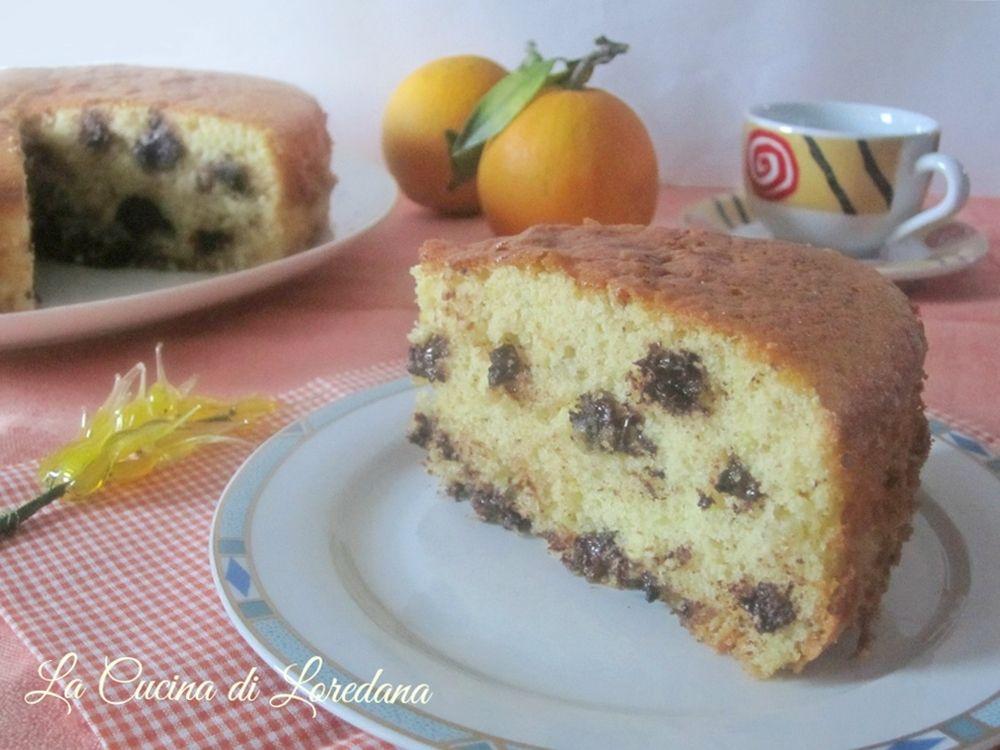 Una squisita Torta Arancia e Cioccolato che riempirà in un attio lòa casa del suo delizioso profumo, per una merenda o una colazione meravigliosa