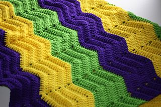 Cheery Wave Ripple Blanket