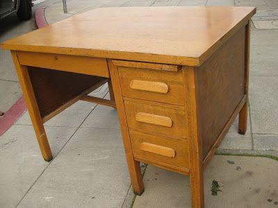 I Like This Old Oak Desk
