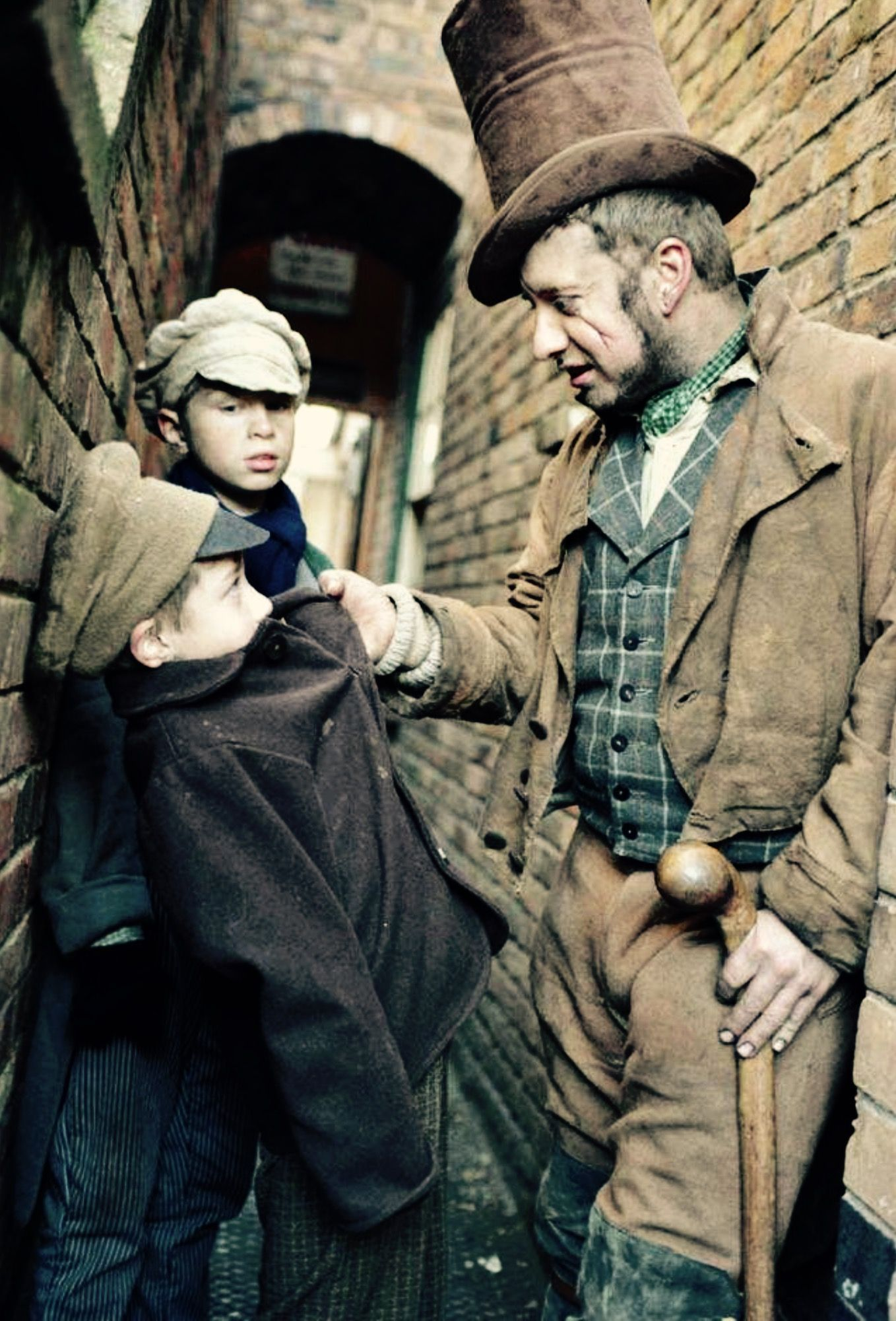 tom hardy sikes and william miller oliver joking around bbc oliver twist